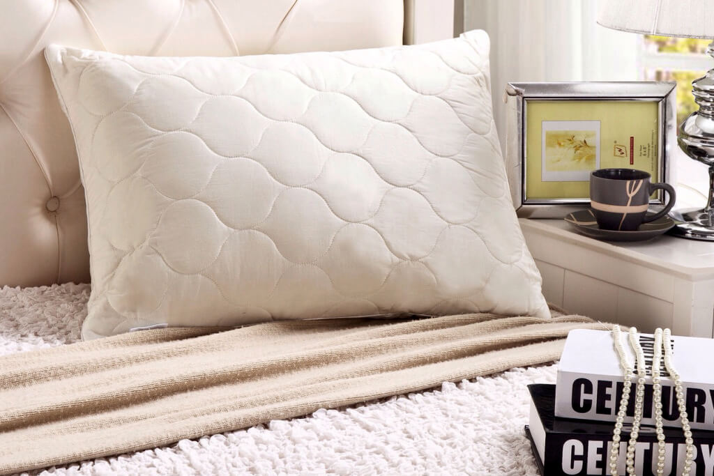 Bedding-myWoolly Pillow_SleepandBeyond